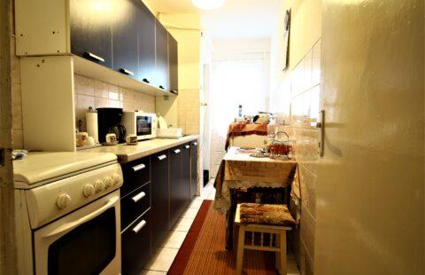 Apartament Arad 2 camere et.4 Vlaicu Tic Tac pret 33900 euro neg