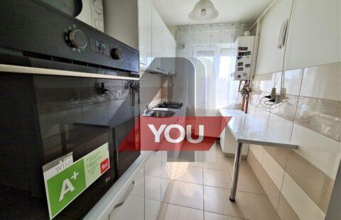 Apartament Arad 3 camere renovat et.3 Vlaicu pret 61900 euro neg