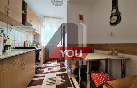 Apartament Arad 2 camere renovat et.4 65 mp Podgoria pret 51900 euro neg